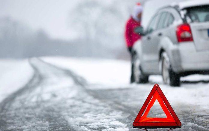 Winter-Survival-Car-Safety-Kit
