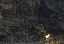 Stealth-and-Survival-How-to-Make-a-Smokeless-Fire