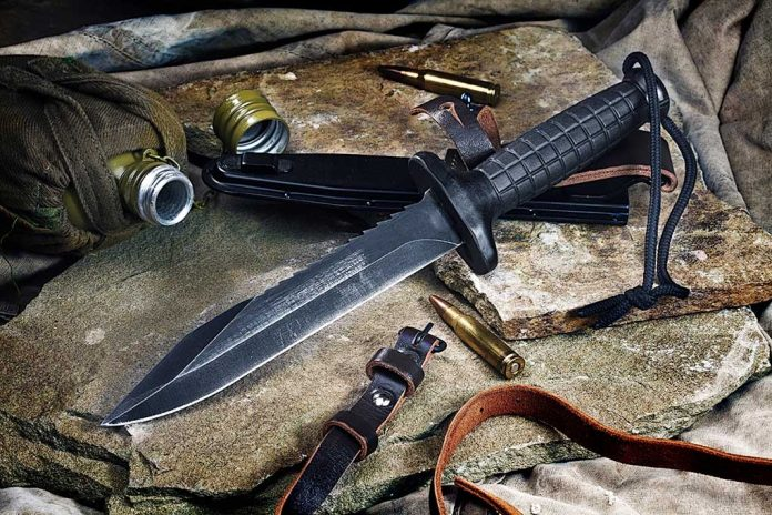 What is the Difference Between Combat and Survival Knives?