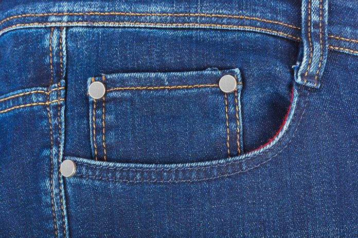 Disaster Strikes — Can You Survive With the Items in Your Pocket?